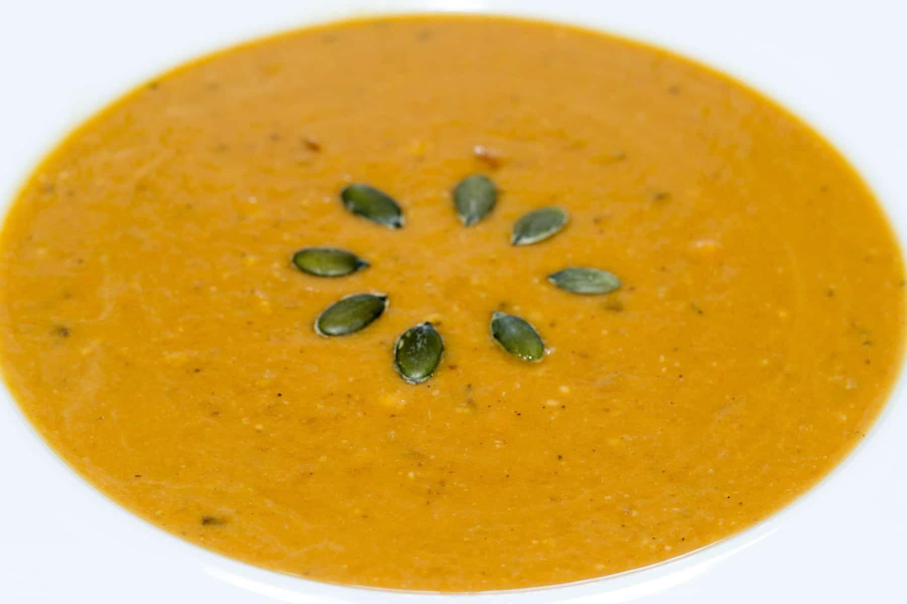 kräftige Kürbissuppe mit Butternut