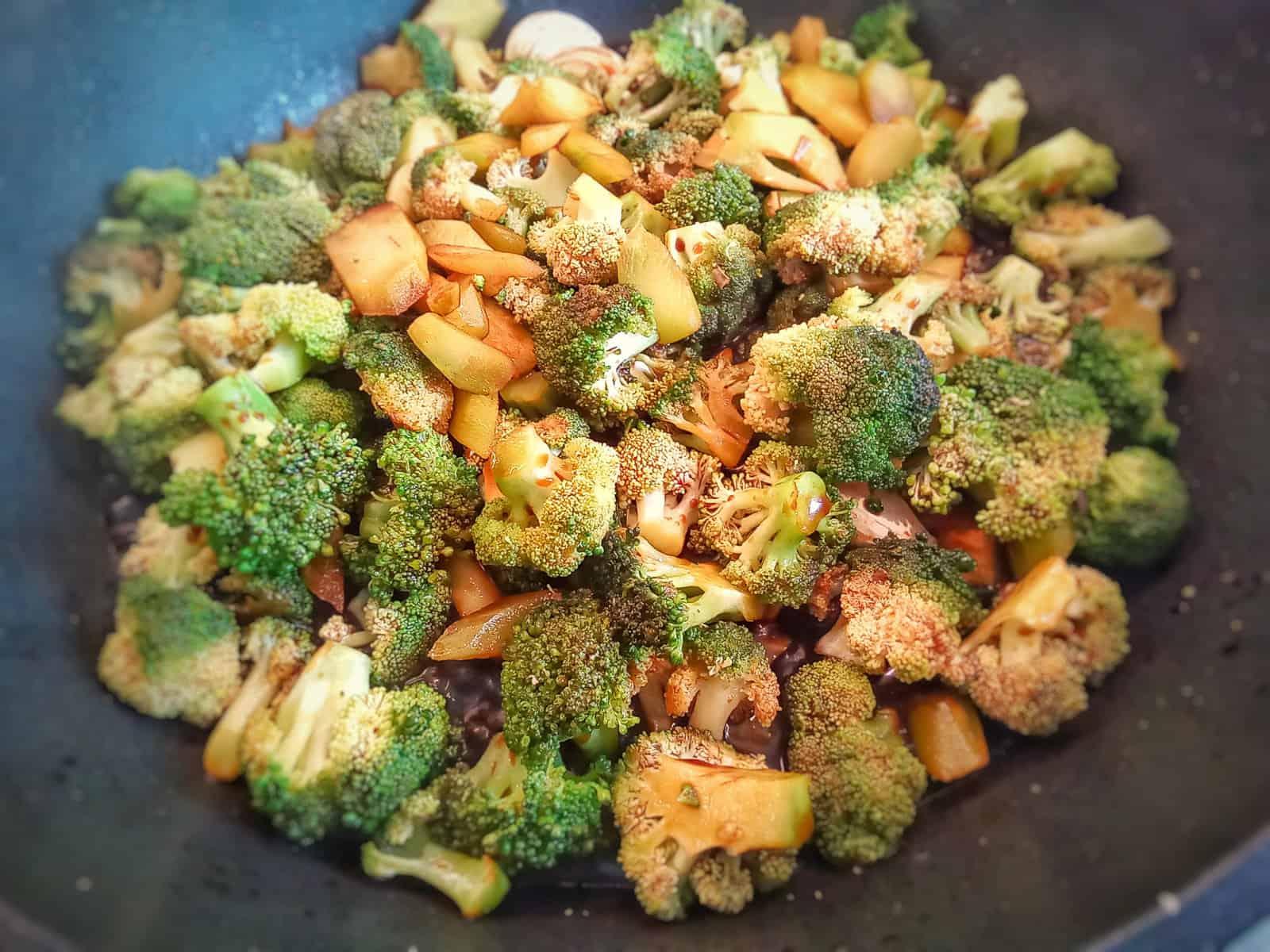 Brokkoli mit Sojasauce